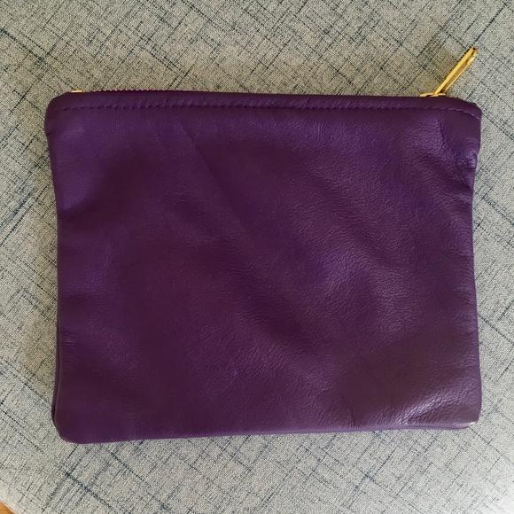 2ecc4bc94719 American Apparel Handbags - American Apparel Leather Pouch
